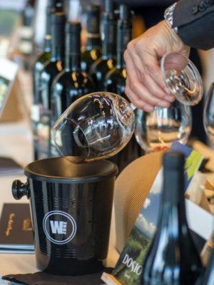 Bottiglie di vino al BaroloBrunello