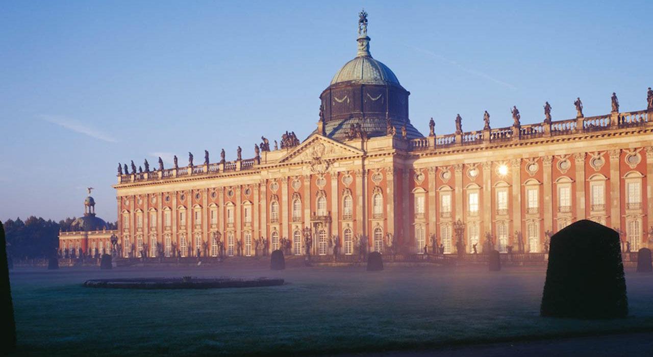Potsdam, Park Sanssouci, Neues Palais, Gartenseite.
