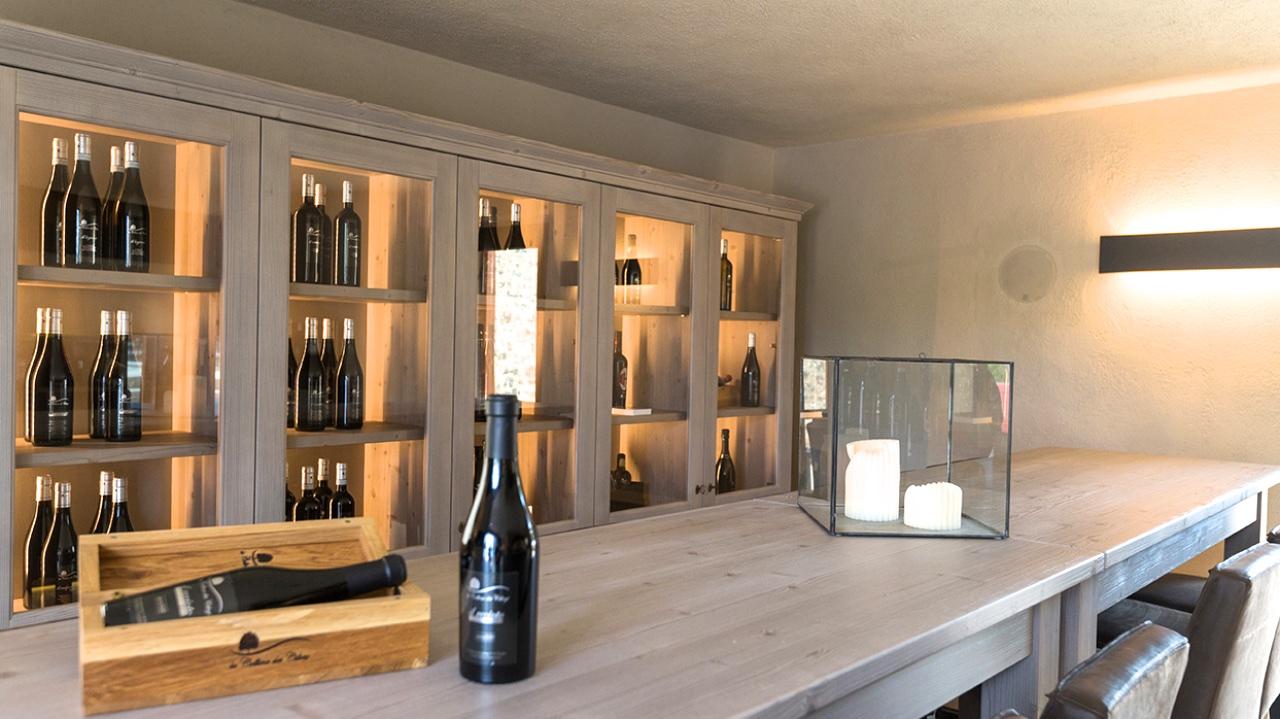 Mobili Di Lusso Veneto : Scandola mobili e ca del moro profumi di legno e di vino u james